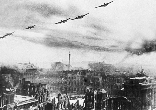 Los bombarderos soviéticos en Berlín (1945)