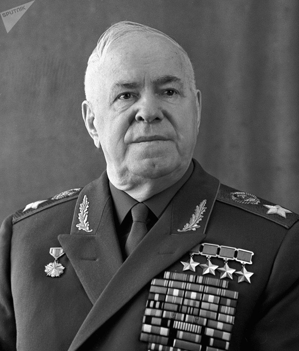 Gueorgui Zhúkov, mariscal y héroe de la Unión Soviética