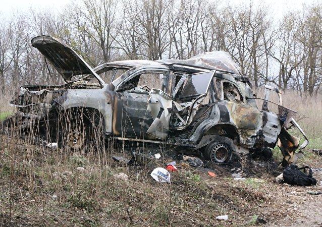 Lugar de explosión de un coche de la OSCE