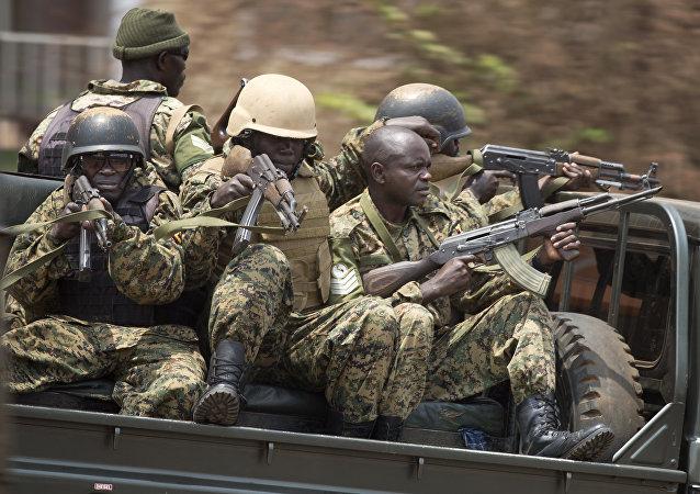 Soldados de Uganda (archivo)