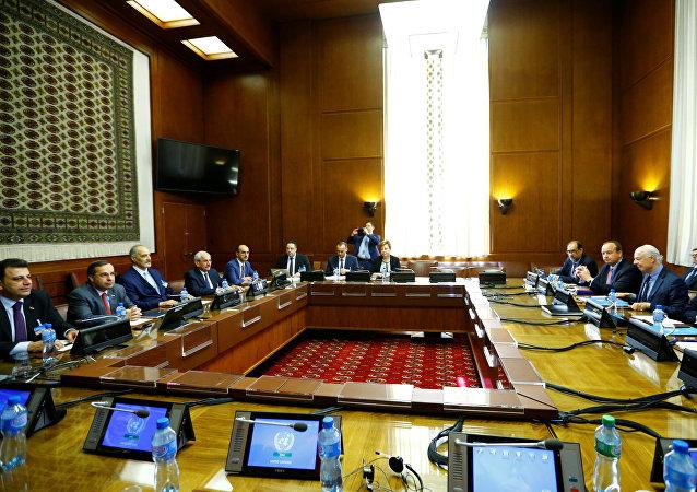 La sexta ronda de las negociaciones intersirias en Ginebra