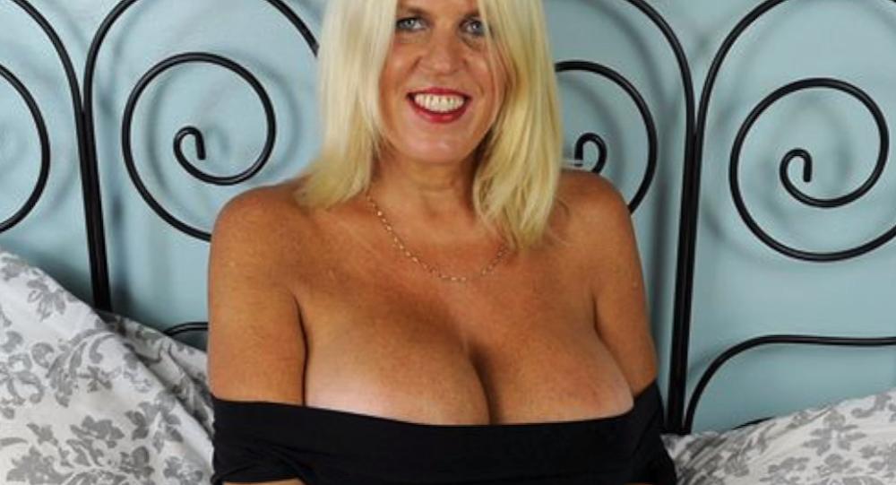 Sharon Perkins, la mujer de la operación de pecho