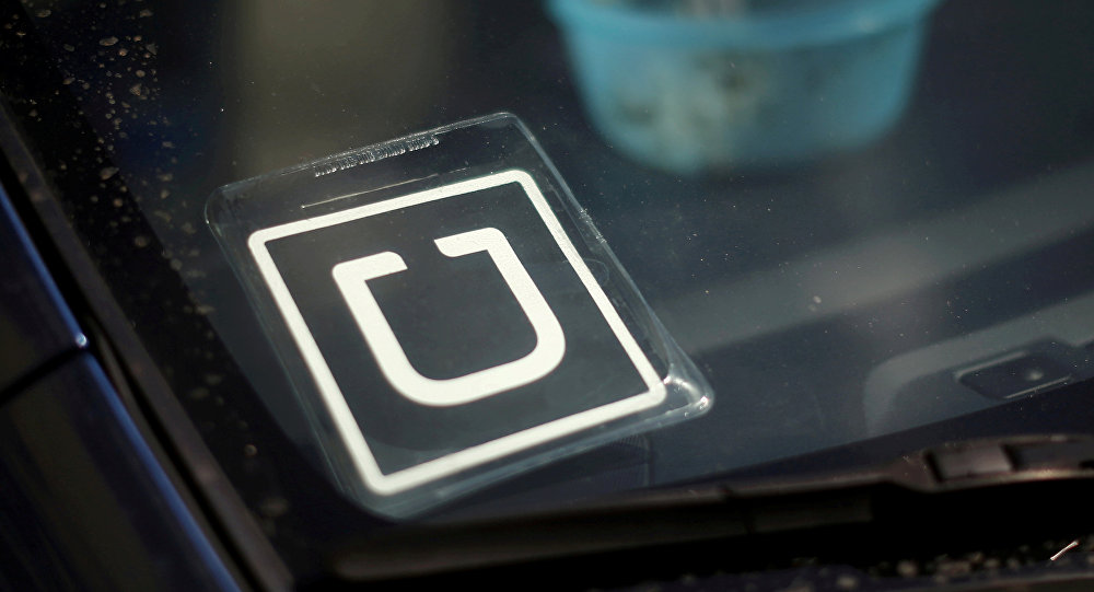 Justicia porteña ordenó bloquear a Uber en todo el país