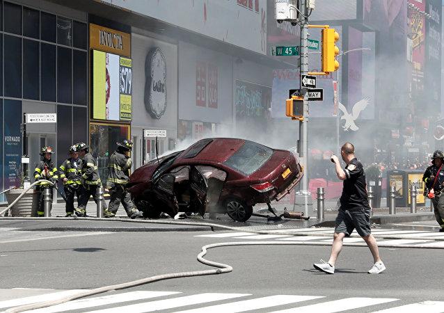 El vehículo que embistió a varias personas en la zona de Times Square en Nueva York, EEUU