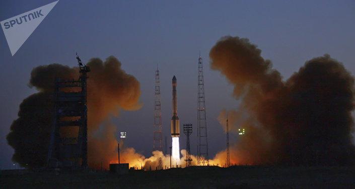 Rusia lanza uno de sus satélites (archivo)