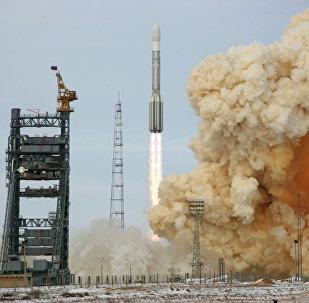 Cohete portador Protón-M (archvio)