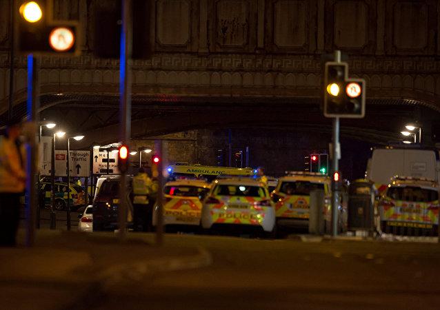 Policía en las afueras del Manchester Arena (archivo)