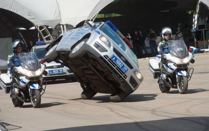 Ley y orden: Policía rusa muestra sus mejores activos