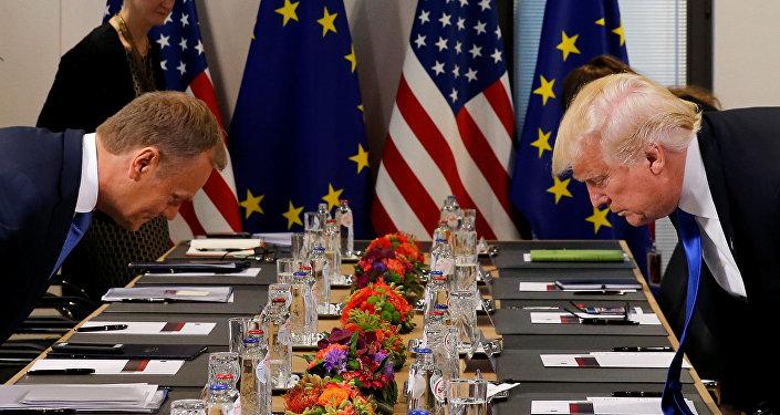Presidente del Consejo Europeo, Donald Tusk, y presidente de EEUU, Donald Trump