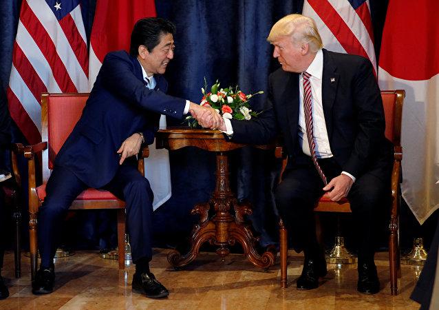 Donald Trump, presidente de EEUU, y su homólogo japonés, Shinzo Abe