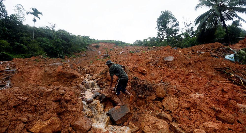 Unos 91 muertos y 110 desaparecidos por inundaciones en Sri Lanka