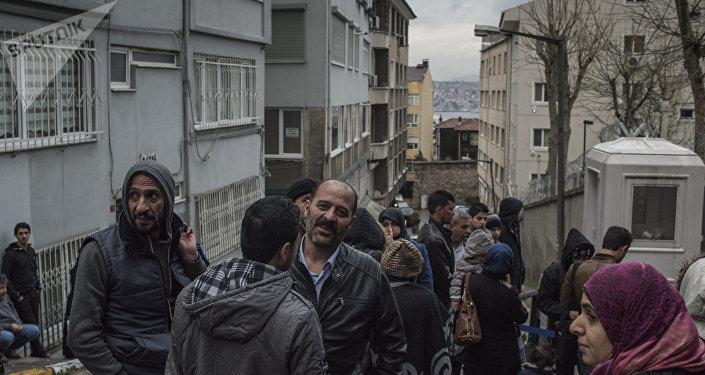 UE demanda tres países por no aceptar refugiados