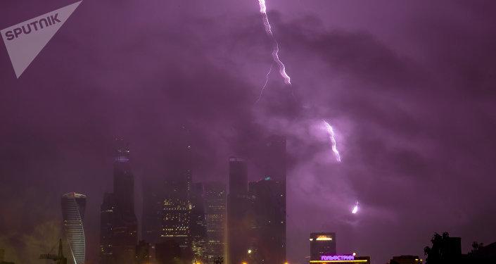 Una tormenta eléctrica en Moscú
