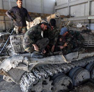 Así es la planta de reparación de vehículos blindados de Damasco