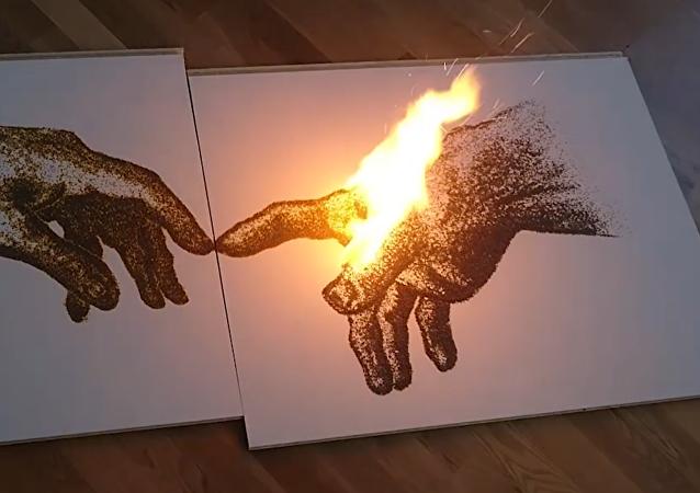 Artista pinta con pólvora cuadros que arden
