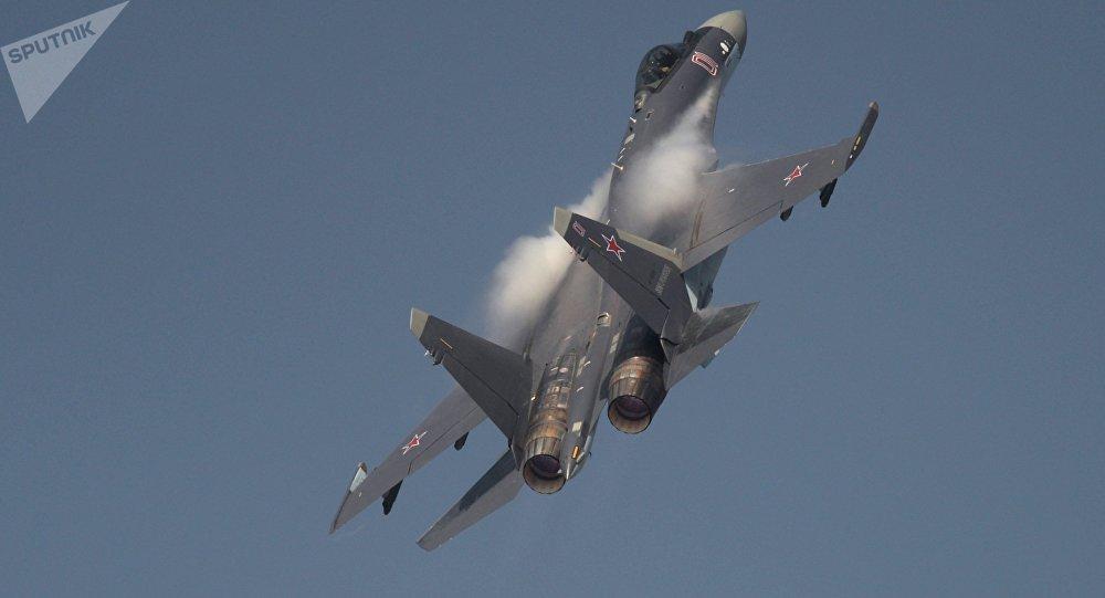 Caza ruso Su-35