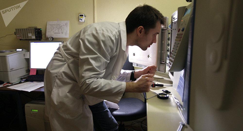 Un antibiótico modificado destruye patógenos sin que desarrollen resistencia