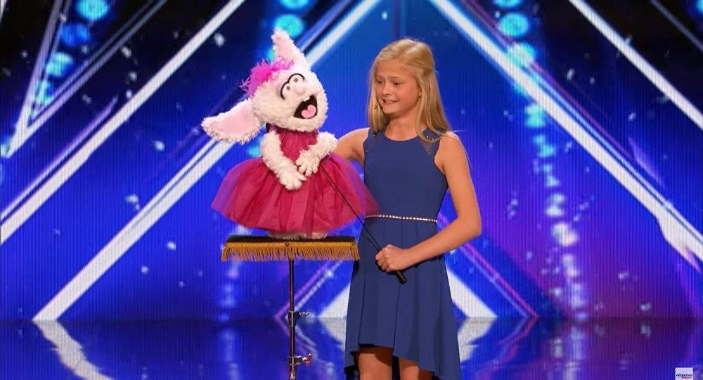 Darci Lynne asombra al jurado en la presentación de su talento con el ventrílocuo