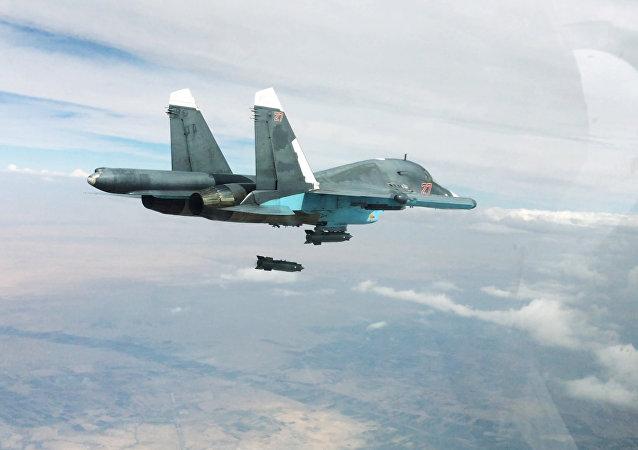 El cazabombardero ruso Su-34 en Siria (archivo)