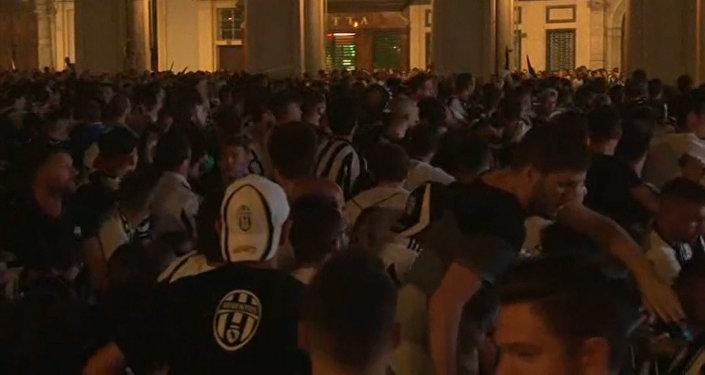 Pánico en Turín: 1.400 heridos por una estampida provocada por una falsa alarma