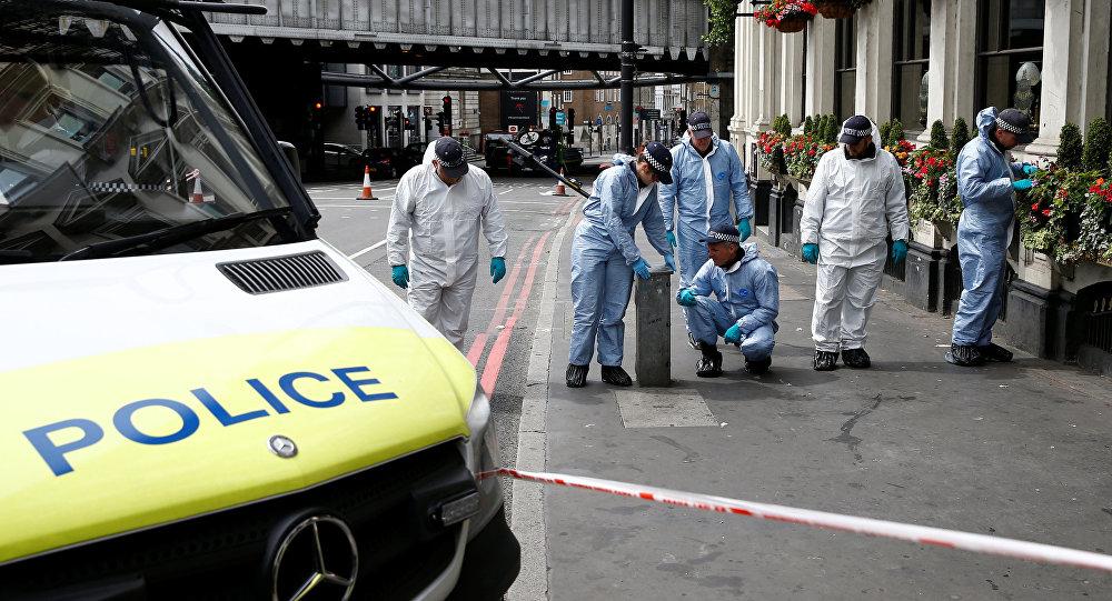 Los trabajos de investigación en el puente London Bridge tras el atentado