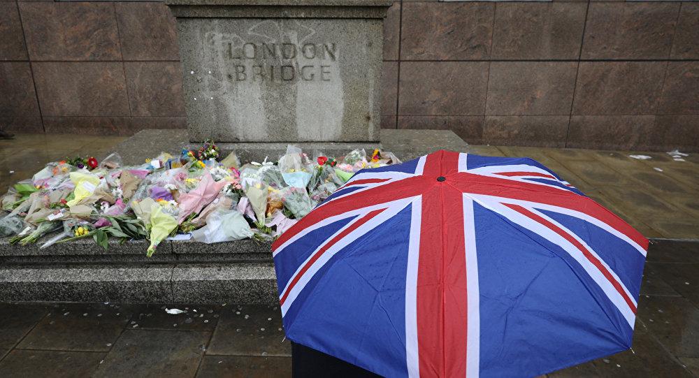 Las flores en homenaje a las del atentado en Londres