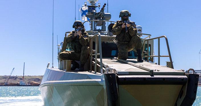 Ejercicios antiterroristas en el puente de Crimea