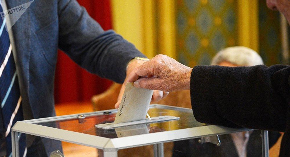 Las elecciones en Francia (archivo)