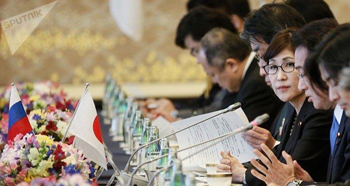 La titular del Ministerio de Defensa de Japón, Tomomi Inada