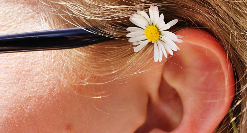 Un oído