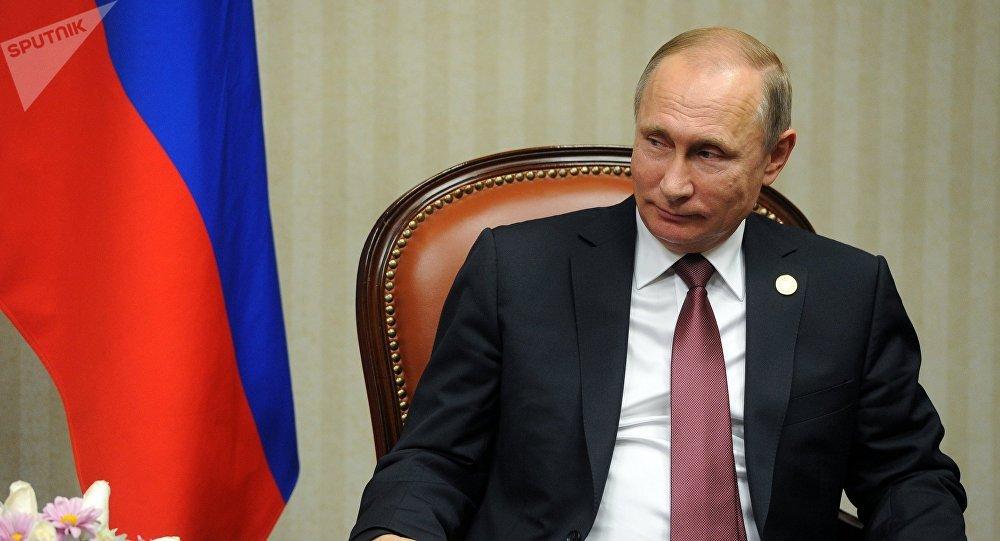 Vladimir Putin planteó unirse a la OTAN