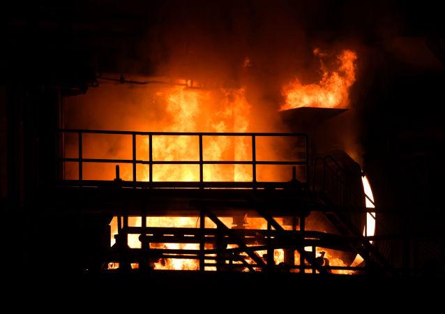 'Mina de oro': se reabre una planta metalúrgica en la ciudad siria de Hama