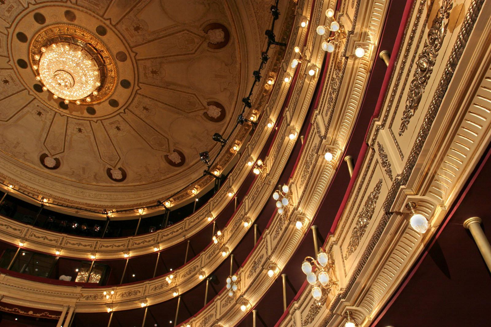 Plafond de la sala principal del Teatro Solís