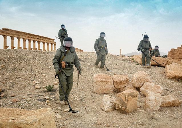 Zapadores rusos desminan la ciudad siria de Palmira (archivo)