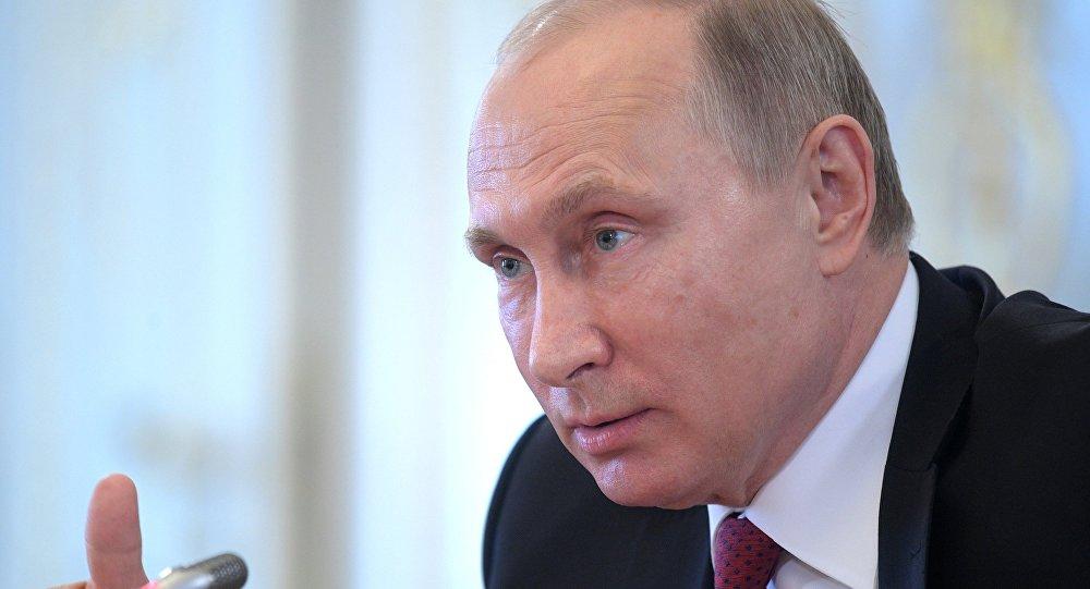 Vladímir Putin en el Foro Económico Internacional de San Petersburgo