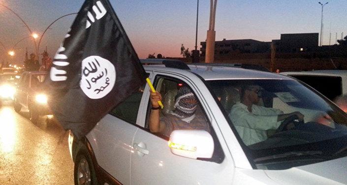 Combatiente del grupo terrorista ISIS (archivo)