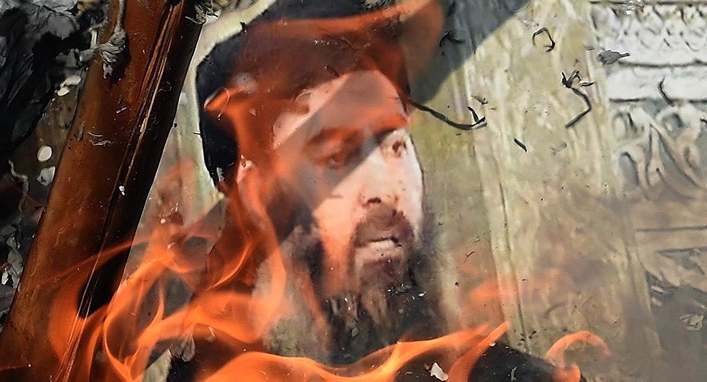 Foto de Abu Bakr al Bagdadi en llamas
