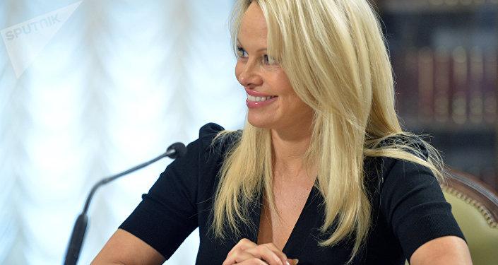 La actriz estadounidense, Pamela Anderson