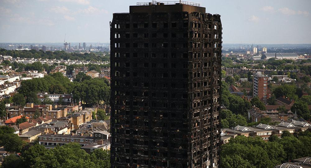 La torre Grenfell, en Londres, después del incendio