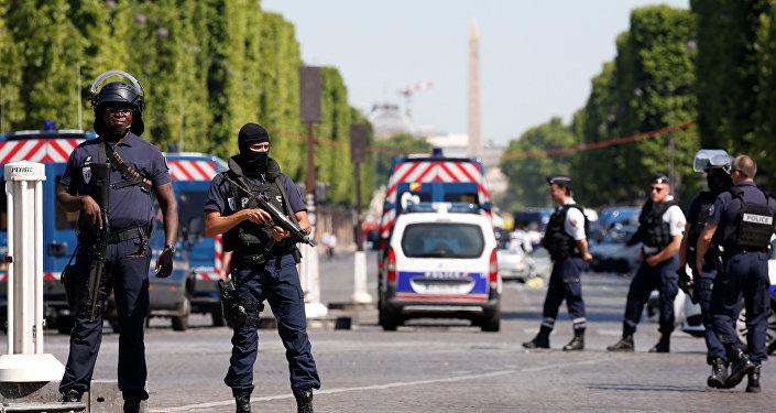 Policía francesa en París (archivo)
