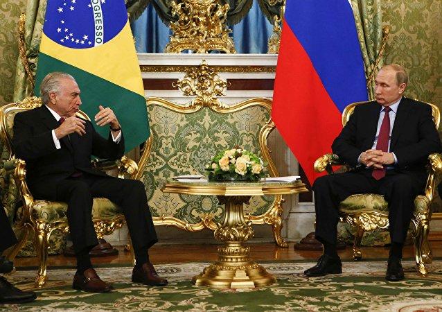 Vladímir Putin, presidente de Rusia, y Michel Temer, presidente de Brasil