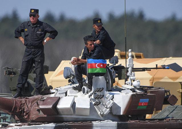 Militares de Azerbaiyán (archivo)