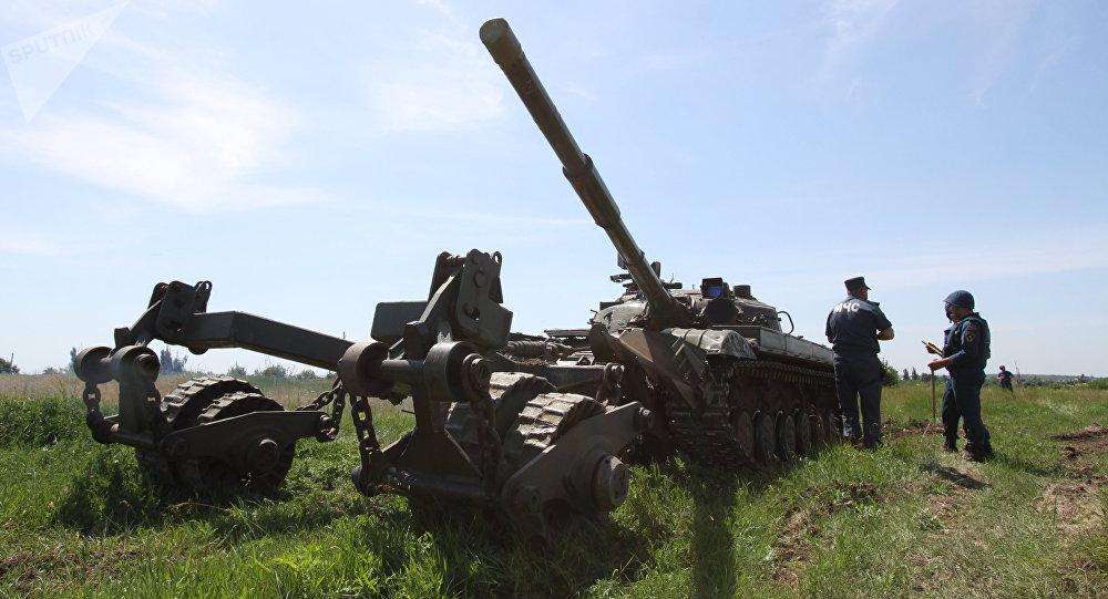 Un tanque en Lugansk, Ucrania