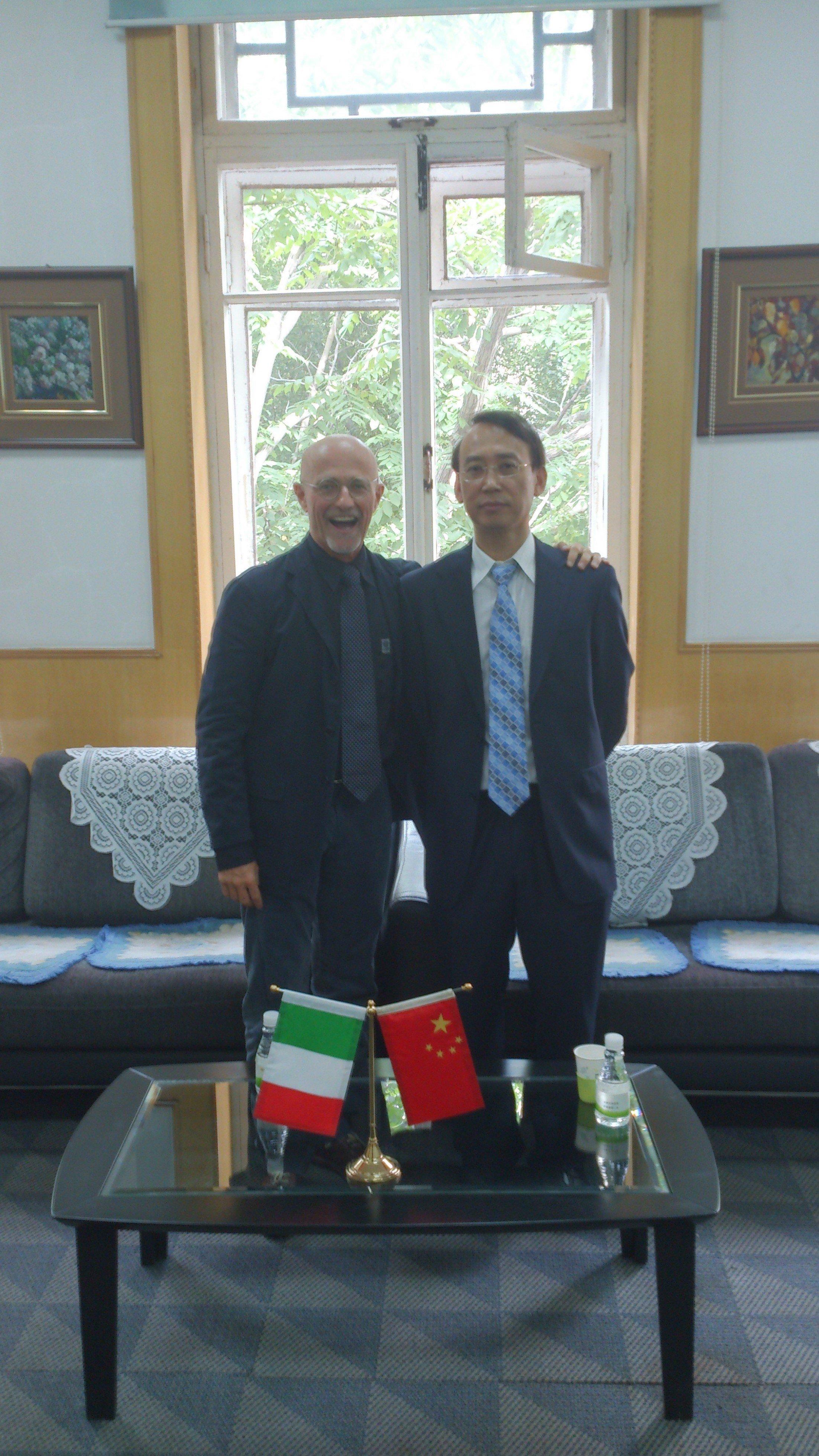 Sergio Canavero y Xiaoping Ren