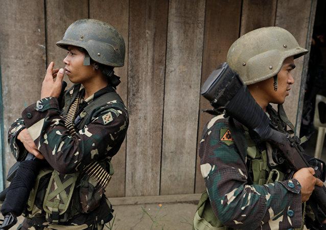 Militares filipinos