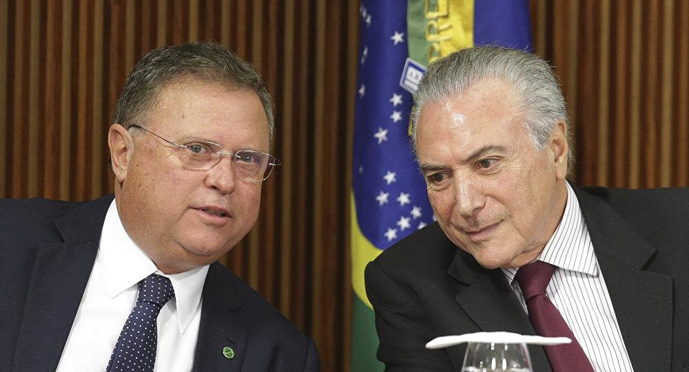 Ministro de Agricultura de Brasil, Blairo Maggi, y presidente de este país, Michel Temer