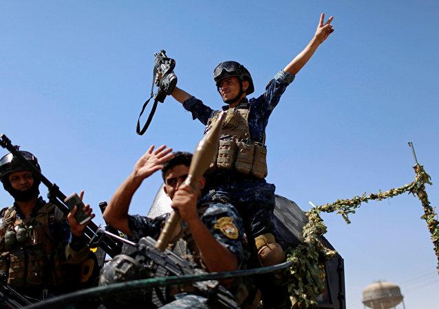 Militares iraquíes durante la liberación de Mosul, Irak