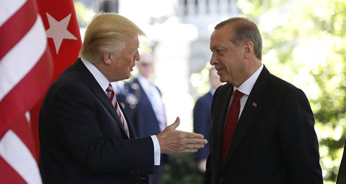 Donald Trump, presidente de EEUU, y Recep Tayyip Erdogan, presidente de Turquía