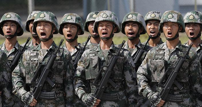 Militares chinos (arhivo)