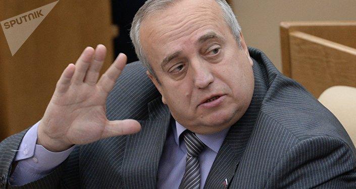 Franz Klintsévich, miembro del Comité de Defensa y Seguridad del Consejo de la Federación (Senado) de Rusia